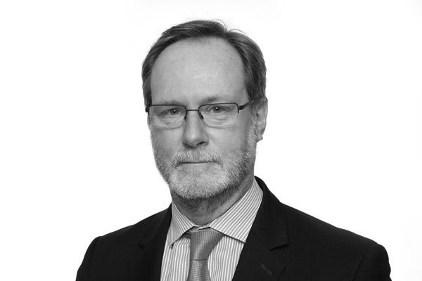 Roger Wilkinson :